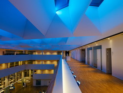 Ufficio In Poco Spazio : La rivoluzione led: un nuovo modo per progettare la luce modulo